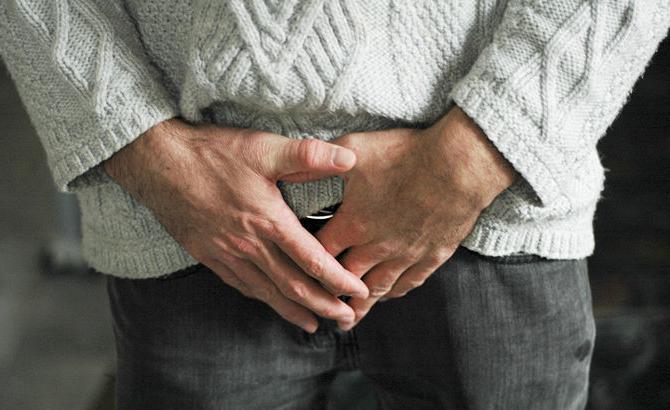 Больно писать мужчине: причины и лечение